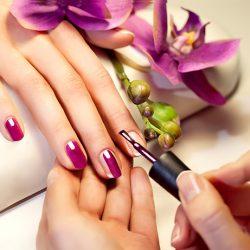 manicure-hands-care